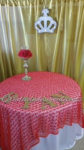 red gold cake table