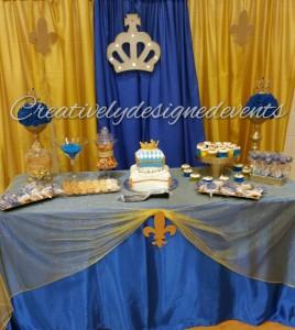 royal blue cake table